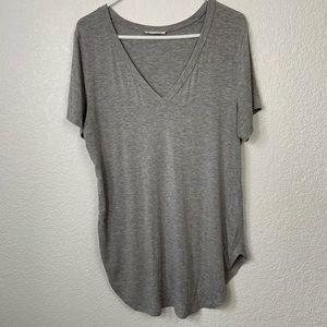 Stella Luce Gray V Neck Tee Shirt Large
